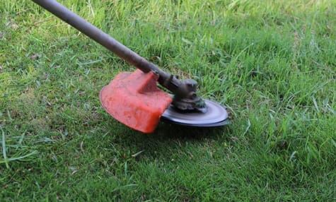 芝刈り・草刈り・防草工事