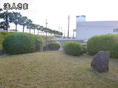 工場の草刈り画像